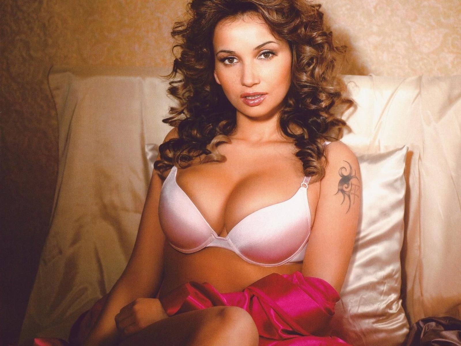 Русские знаменитости смотретьголые, Порно со знаменитостями, секс видео знаменитых 3 фотография