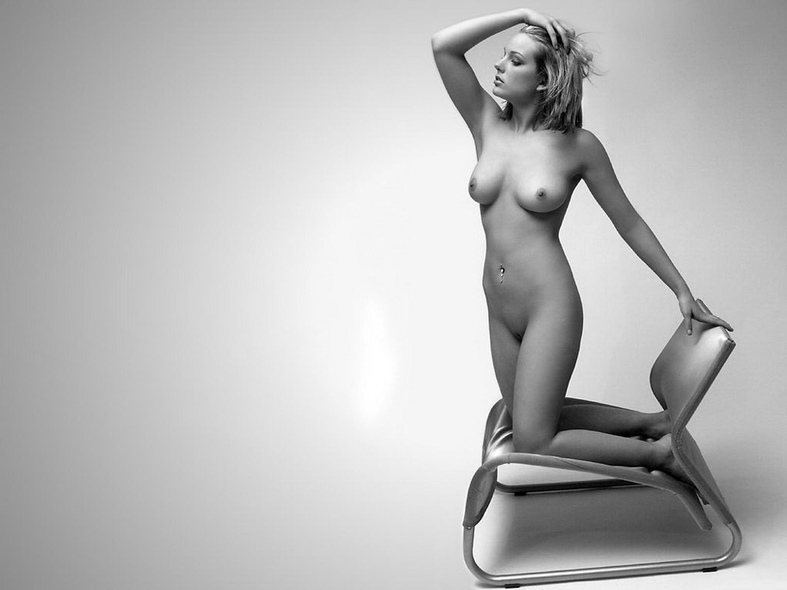 фото голых девушек в белье сеточке