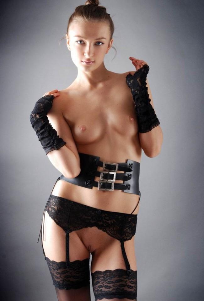 смотреть порно моделей в подтяжках баню