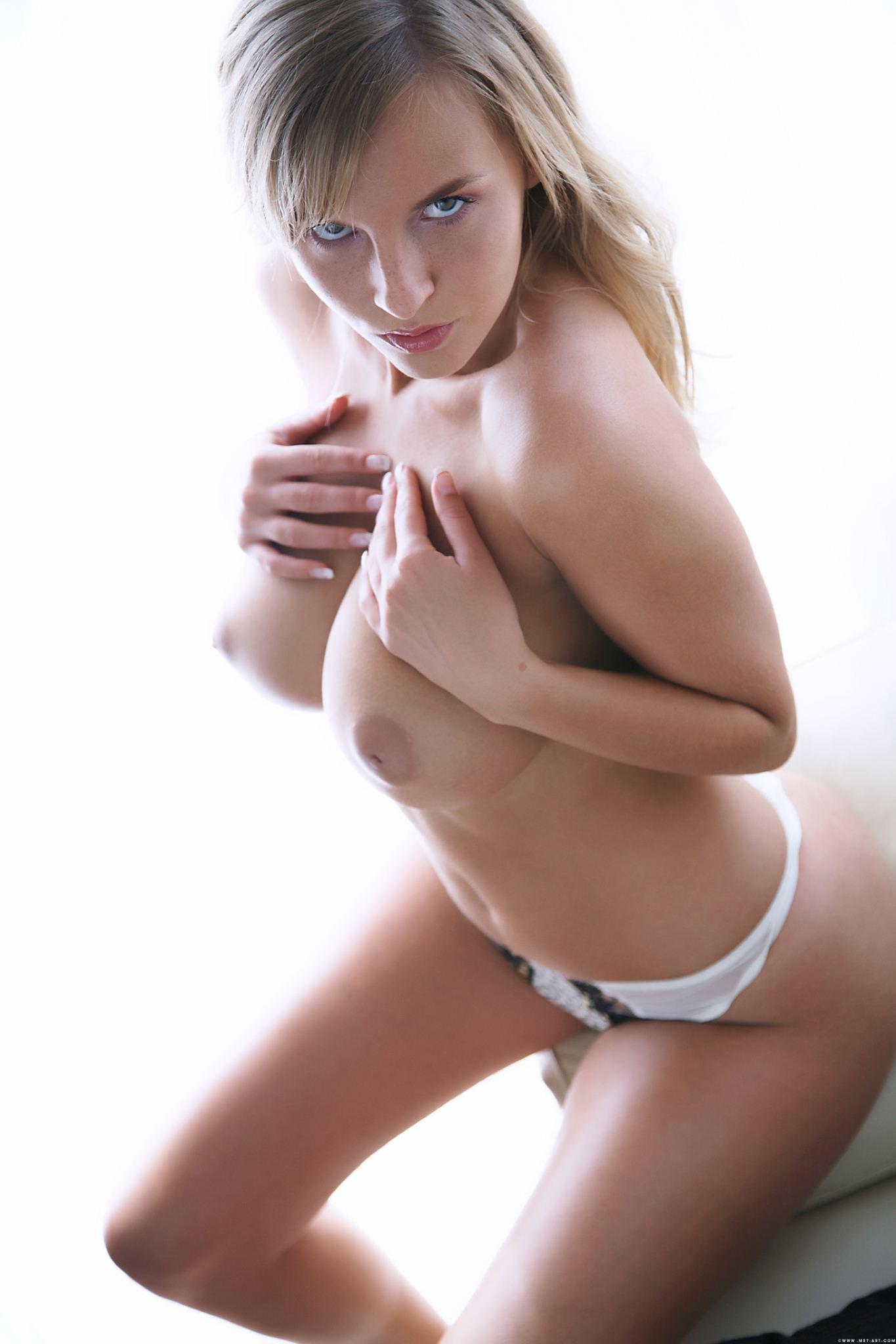 самые красивые девушки эротические фото